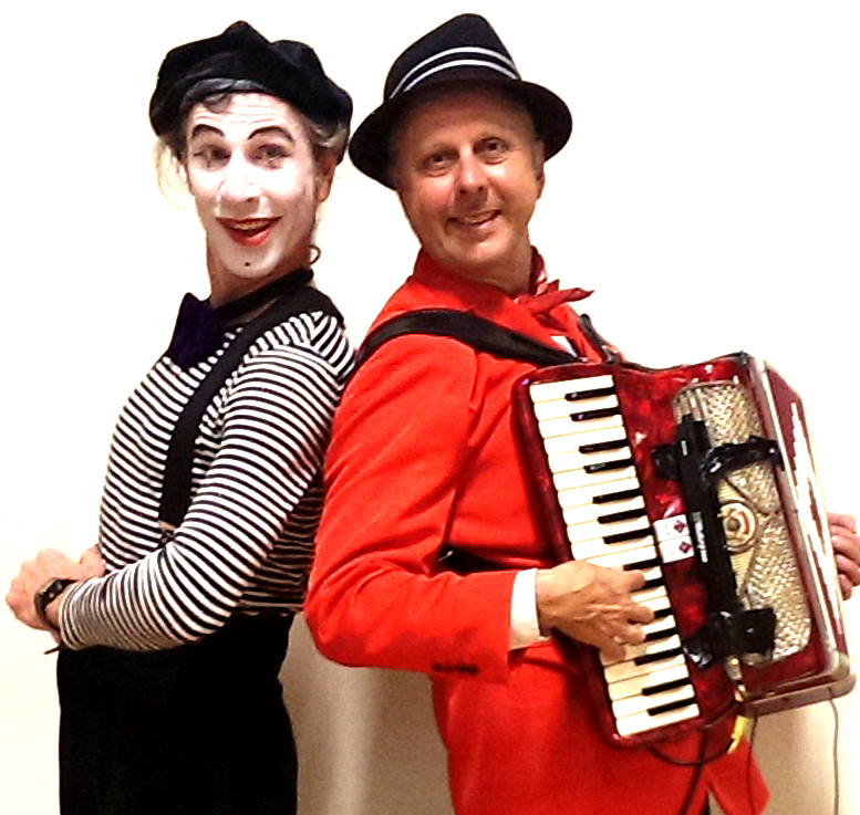 Philippe accordion and Jacques mime